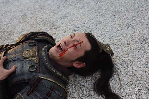 黄晓明在《赵氏孤儿》中的表演获赞