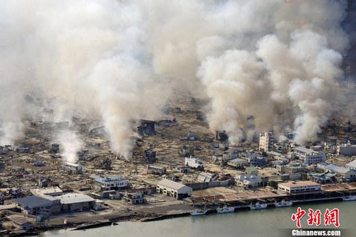 生里氏9.0级地震,震中位于宫城县以东太平洋海域,图为12日,遭受