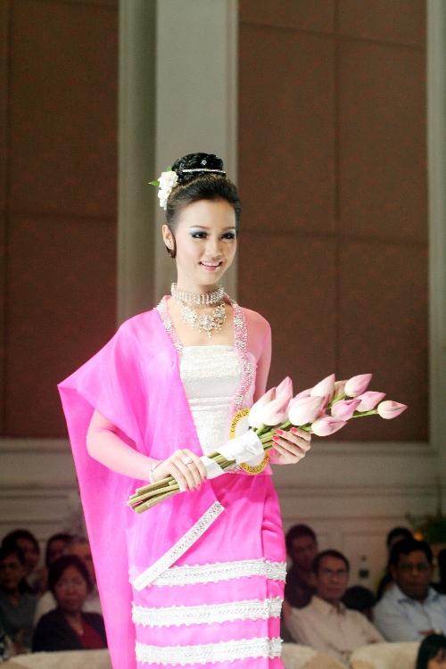 国际仰光举办缅甸旅游小姐大赛