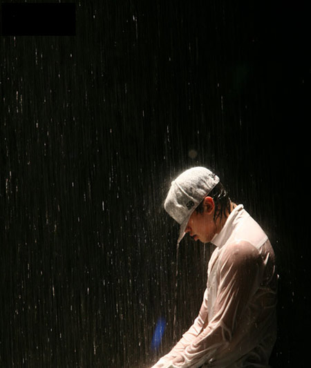 "Rain演唱会经典环节""雨从天降"""