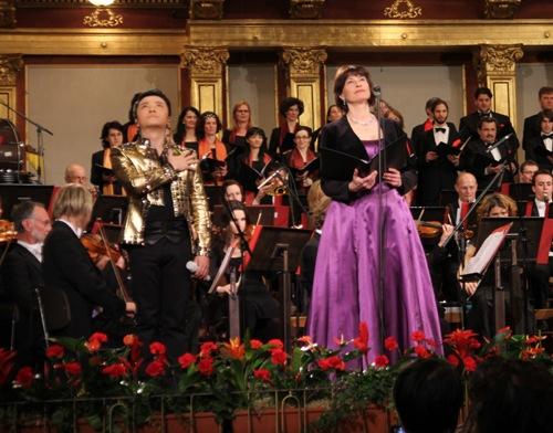黄鹤翔与奥地利歌唱家共同演绎《共和国之恋》