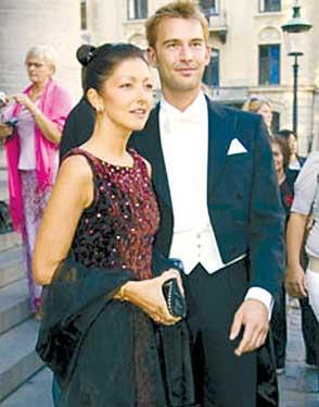 丹麦王妃文雅丽复婚_丹麦王妃文雅丽与摄影师男友约根森