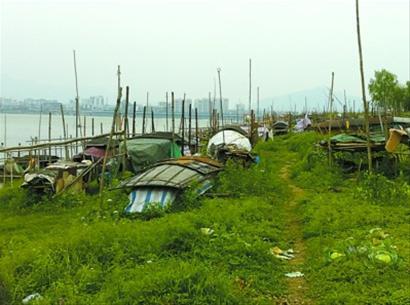 """禁渔让西江沿岸许多渔船""""歇业"""""""