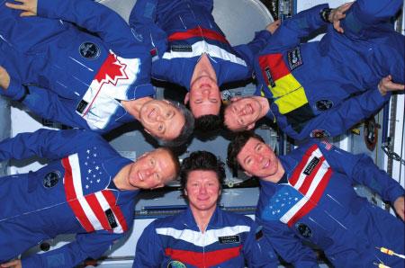 国际空间站的各国宇航员(帕达尔卡供图)