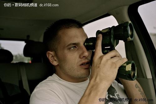 丑闻制造者 全球知名狗仔最爱相机解密