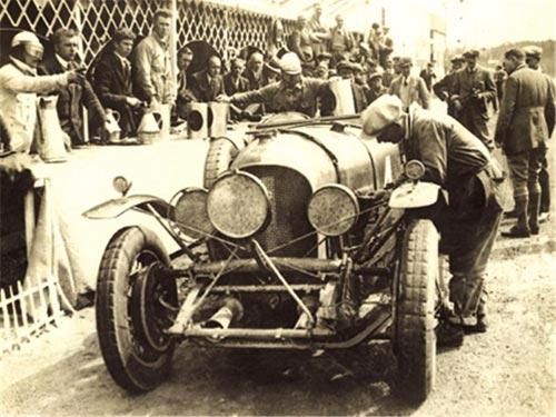 宾利Speed 6于1928年问世