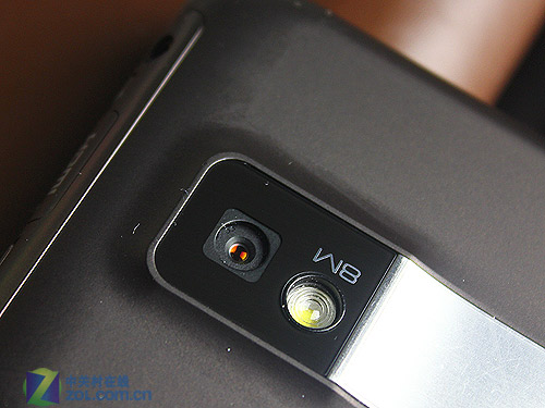 全球首款双核智能! LG Optimus 2X图赏