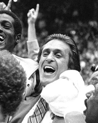 1977-1980赛季:莱利初露锋芒