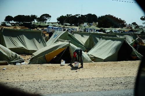 (国际)(4)利突边境仍滞留大量非洲难民图片
