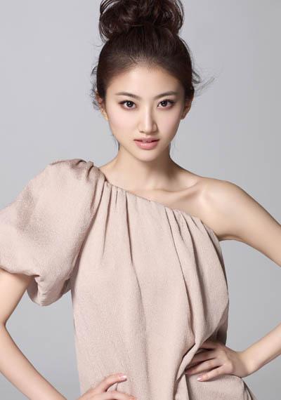 亚洲女嫩鲍_八卦频道 内地八卦            嫩女当道,中生代蓄力,新生代茁壮冒头