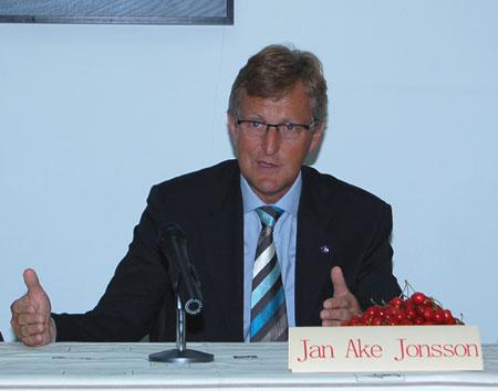 瑞典萨博汽车公司日前宣布,该公司首席执行官(ceo)詹.阿克.约高清图片