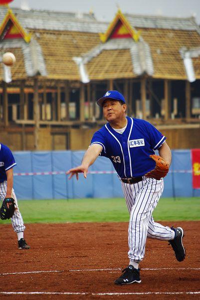 2011年中国支队慢投男子邀请赛开战13竞技争冠自学国际健美操垒球单人图片