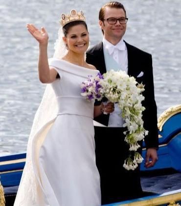 六:瑞典维多利亚公主婚纱