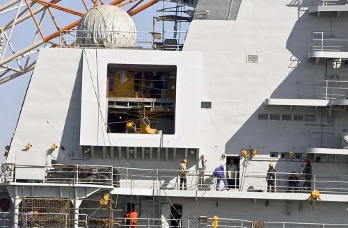 台湾:解放军首艘航母部署南海 可应对突发纷争