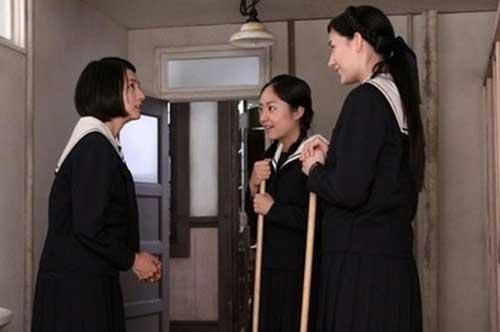 """小松昌代爆料说,在此剧中首次合作的井上真央,满岛光,maiko""""戏里戏外"""