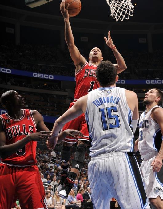 罗斯/图文:[NBA]公牛擒魔术 罗斯不可阻挡