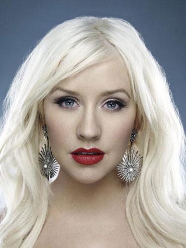 克里斯蒂娜03年单曲被评为过去十年最励志歌曲