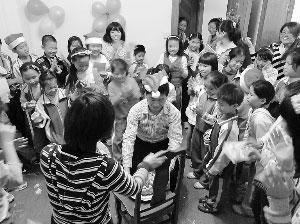 城中村儿童也期盼一个美好的未来
