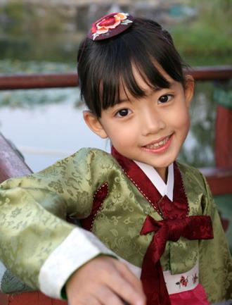 韩国超人气童星[组图]