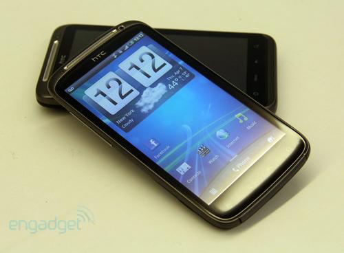 ...物理按键取而代之的是全触摸式按键.   采用了目前手机常规...