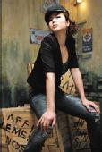 图文:天津女排精美写真 美女副攻霍晶