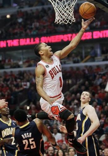 罗斯/图文:[NBA]步行者99/104公牛罗斯单手上篮