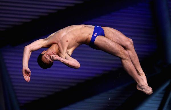 图文:跳水系列赛英国站次日 戴利起跳瞬间