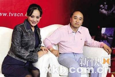 雷献禾导演(右)曾执导《大雪无痕》、《老娘泪》等名剧