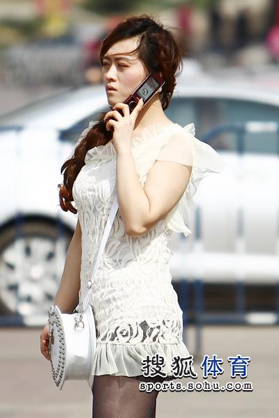 美女短裙迷人