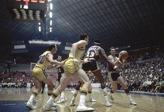 01湖人4-2勇士:1969年赛首轮