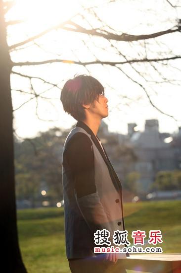 微凉的记忆mv_周传雄《乏味》MV鼓励大家面对小三 勇敢做自己-搜狐音乐