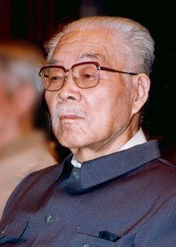 17、中国现代哲学家张岱年