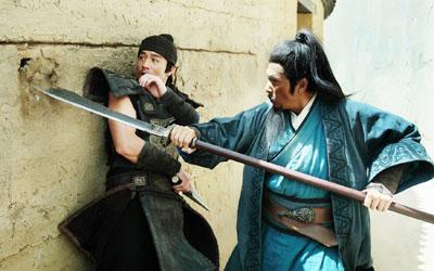 甄子丹与安志杰的巷战气势直逼《杀破狼》