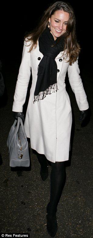 凯特也很喜爱这款手提包。