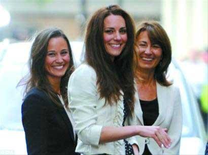 昨天傍晚,凯特和母亲、妹妹抵达戈林酒店