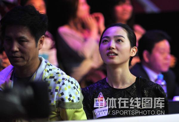 图文:9球北京赛女子决赛 车侑蓝眼眶湿润