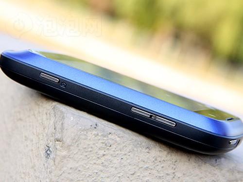 千元Android热机 摩托罗拉XT301仅1099