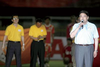 韦迪认为只有更多力量的参与才能使中国足球壮大