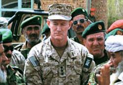 """麦瑞文在阿富汗积累了除掉数百名恐怖分子的独有经历,因此被美政府称为经验最为丰富的""""恐怖分子猎手"""""""