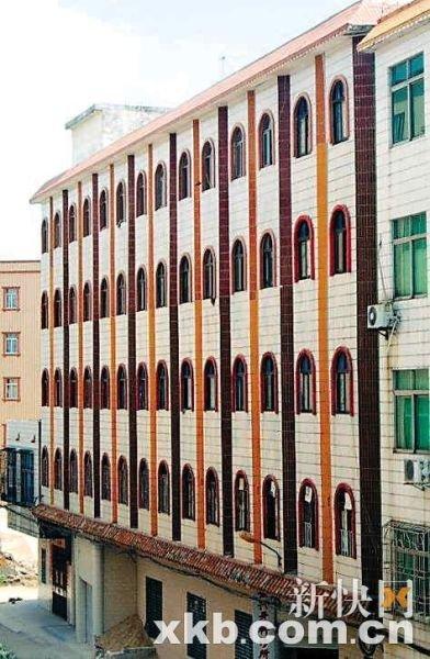 五层半楼房外观效果图