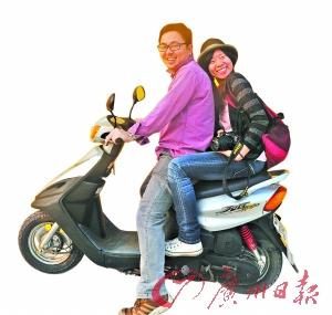 租摩托车骑游澎湖.