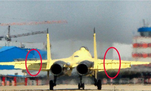 外媒:歼-15舰载机2015年部署航母 配国产杀手锏
