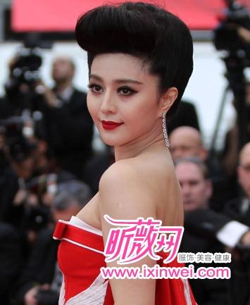 第64届韩国电影节开幕红毯范冰冰戛纳闺蜜有关伦理的电影下载图片