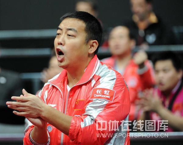 7大叔论坛新人图片1-北京时间5月12日,在鹿特丹世乒赛男单1/8决赛的一场较量中,王皓对