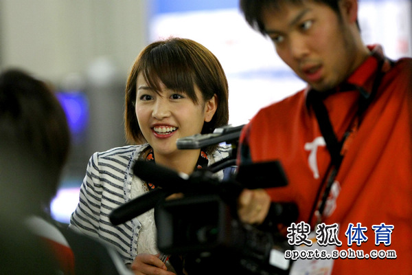 日本美女主播提问题