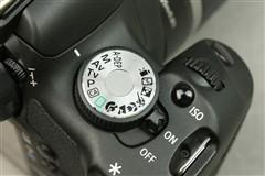 搭配防抖镜头 佳能500D套机降价促销