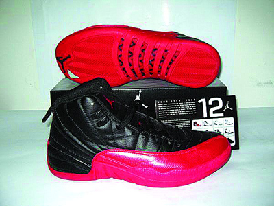 无数球迷渴望得到的乔丹12代球鞋
