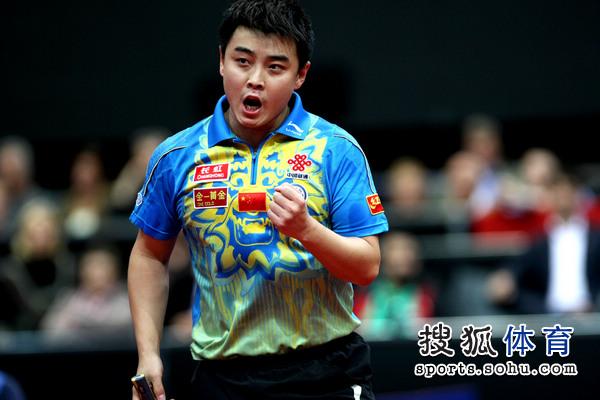 图文:男单决赛张继科4-2王皓 王皓力争卫冕