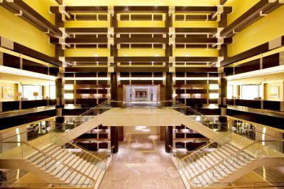 北京香港马会会所装修奢华的大堂