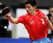 图文:世乒赛男子单打张继科夺冠 比赛中回球